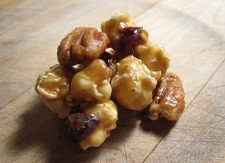 cran nut cluster